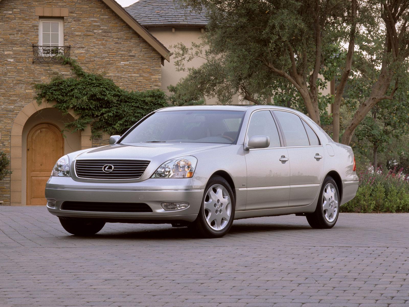 2001 Lexus LS (c) Lexus
