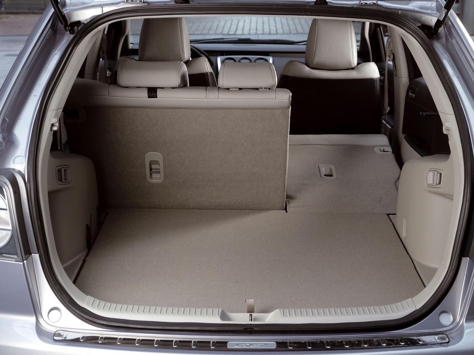 2009 Mazda CX-7 (c) Mazda