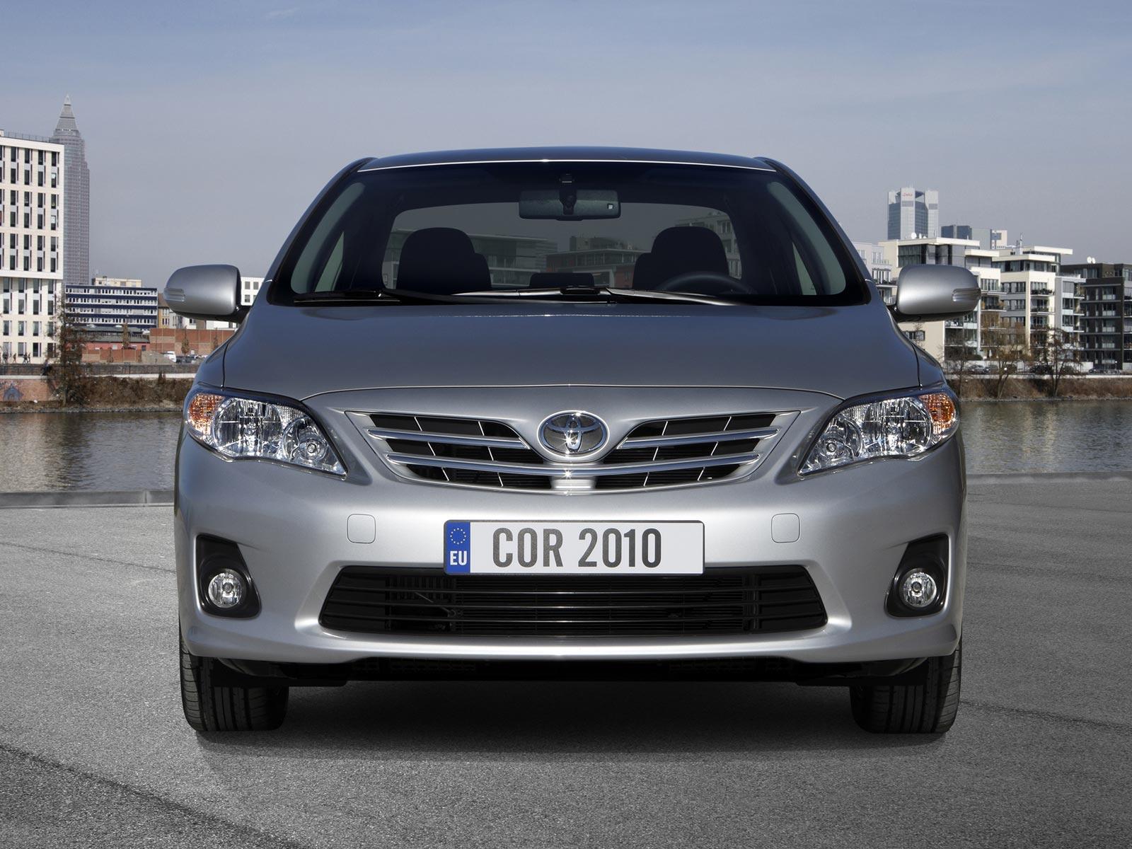 2010 Toyota Corolla (c) Toyota
