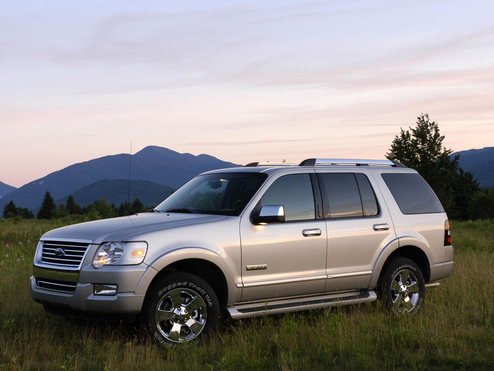 2006 Ford Explorer (c) Ford