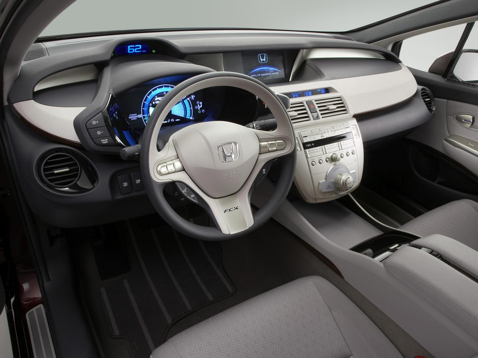 2008 Honda FCX Clarity (c) Honda