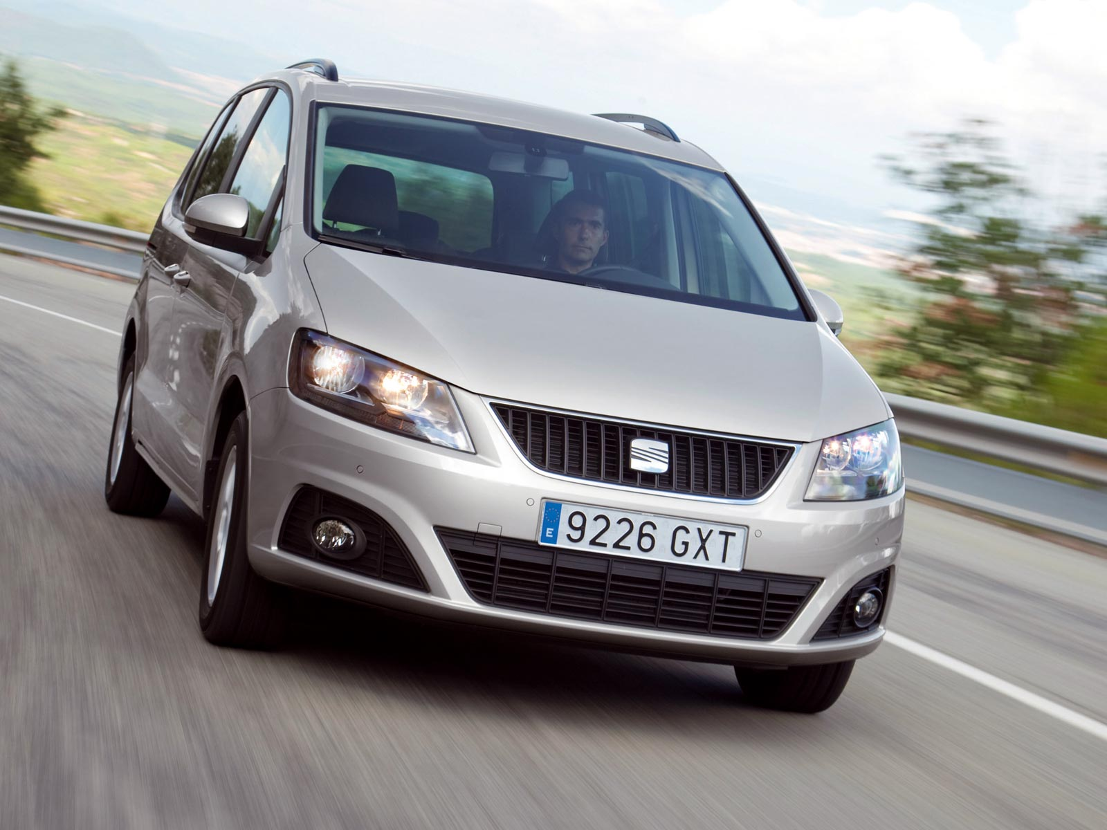 2010 seat alhambra autoguru. Black Bedroom Furniture Sets. Home Design Ideas
