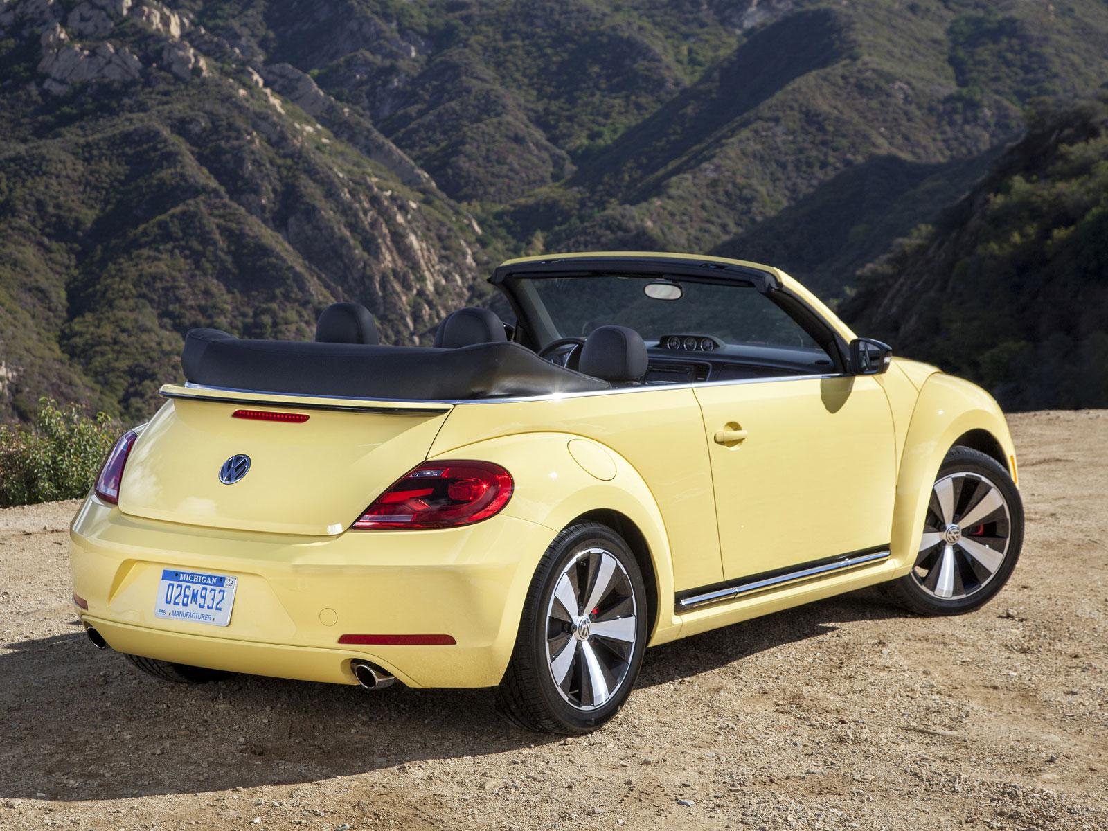 2013 vw beetle cabrio autoguru. Black Bedroom Furniture Sets. Home Design Ideas