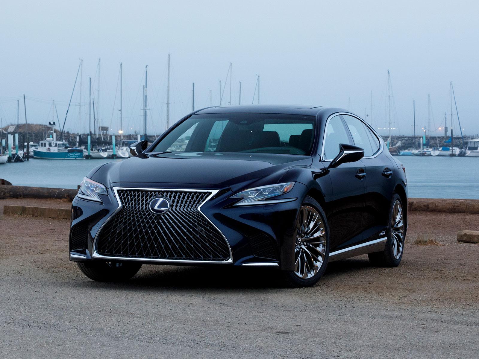 2017 Lexus LS (c) Lexus
