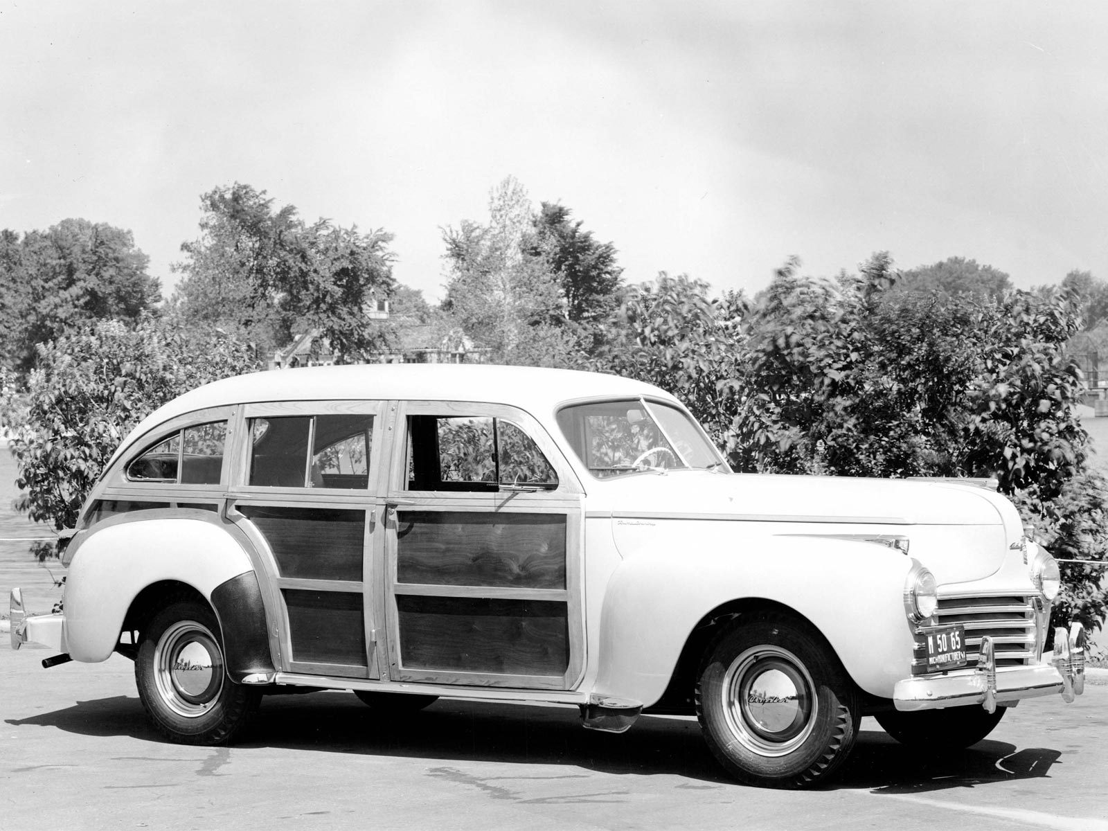 1941 1950 chrysler town country station wagon. Black Bedroom Furniture Sets. Home Design Ideas