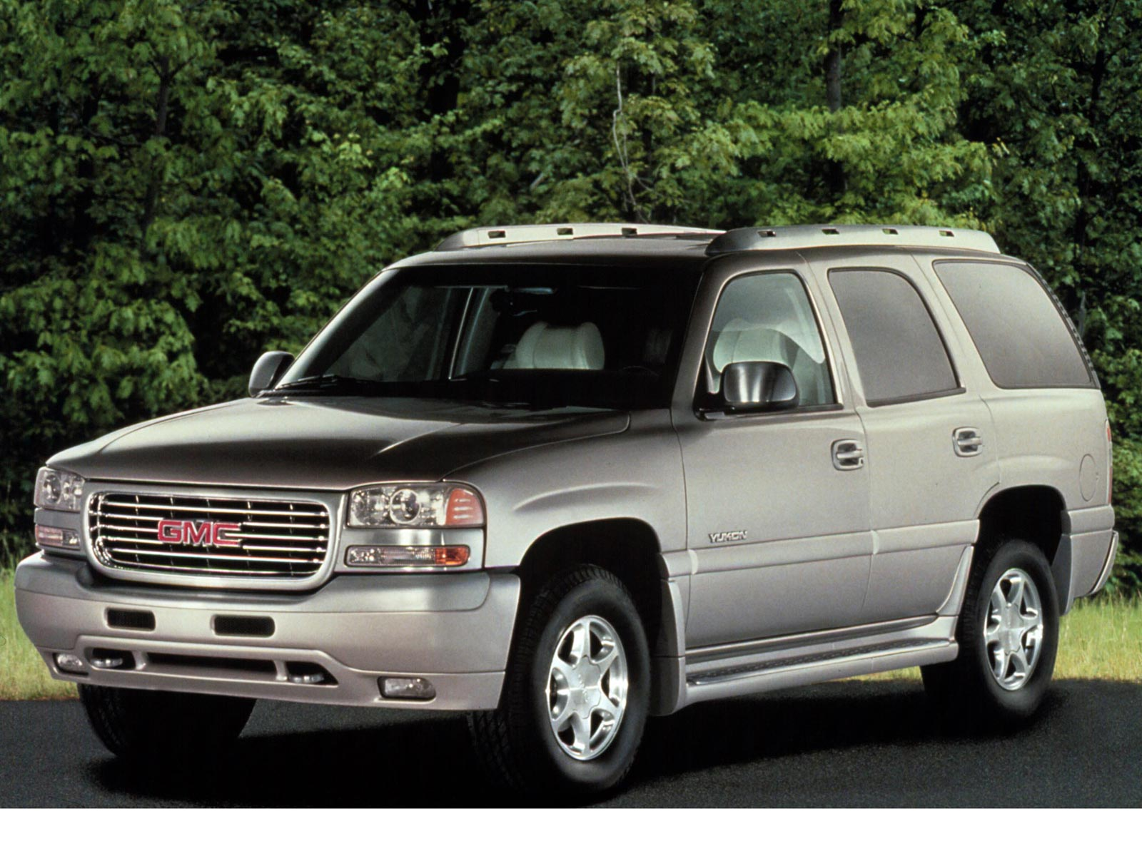 Yukon moreover Chevrolet Tahoe besides X Ct Sl together with Gmc Sierra K Lifted Pick Up For Sale X besides Gmc Sierra Rear View  parison. on 2008 gmc denali pick up